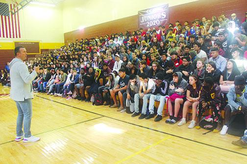 Chris Herren speaks to students at Crescent City High School.