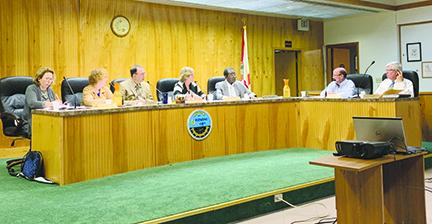 The Crescent City Commission could select a new manager after next week's reception.