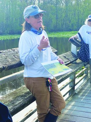 Free the Ocklawaha advocates gather Wednesday to talk about what they say are the benefits of dismantling the Rodman dam.