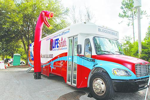 The LifeSouth Community Centers Bloodmobile